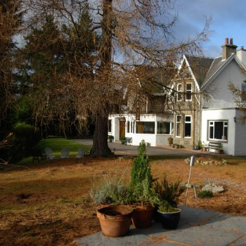 Find self-catering accommodation for Large holiday home in the beautiful Highlands near Aviemore, perfect for self-catering activity holidays