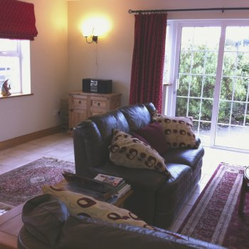 Find self-catering accommodation for Comfortable cottage overlooking Dunmanus Bay & the Sheeps Head!