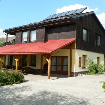 Find self-catering accommodation for 5 Bedroom Holiday Cottage, with a garden, swimming pool, wellness, Czech Republic