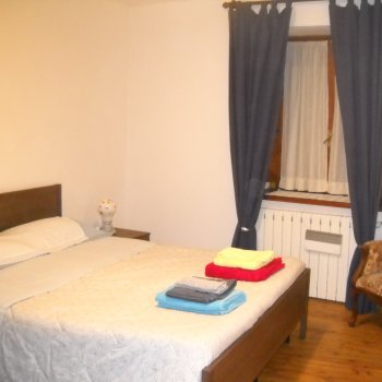 Find self-catering accommodation for ROMANTIC and cosy apartment in old village
