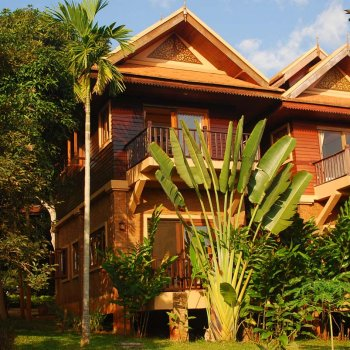Find self-catering accommodation for Peaceful Healthy Living in the Countryside of Chiang Mai, Thailand