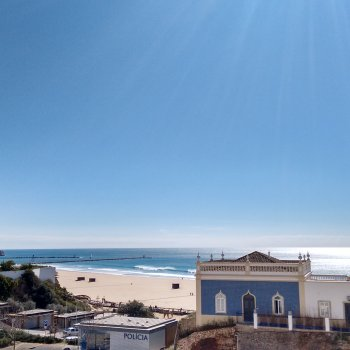 Find self-catering accommodation for Miramar 12 - 2 Bedroom Seaview 50m from Beach