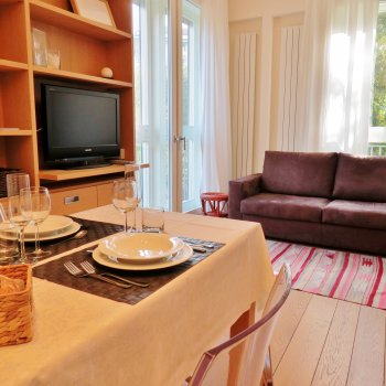Find self-catering accommodation for A cosy nest in downtown Milan, ideal for short breaks