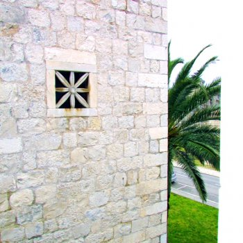 Find self-catering accommodation for Charming, lovely apartment for 4 in the heart of old town of Trogir!