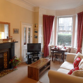 Find self-catering accommodation for Self catering apartment in Shandon - easy access to showground and city centre