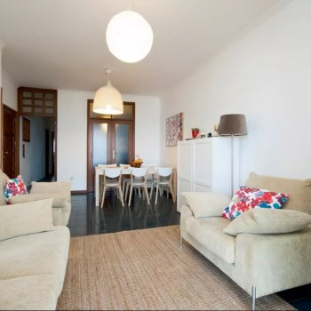 Find self-catering accommodation for 2 Bedroom Apartment with views of the Beach and Marina