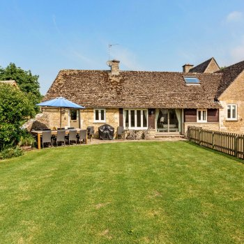 Find self-catering accommodation for Dancers Cottage is a stunning cottage tucked away in the pretty village of Fyfield.