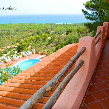 Find self-catering accommodation for Gorgeous detached villa with private swimming pool and breathtaking sea views in Sardinia.