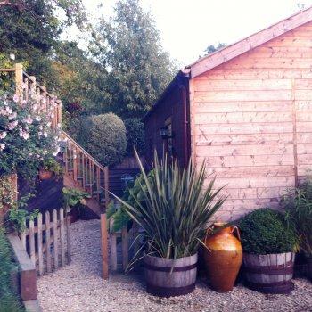 Find self-catering accommodation for Detached garden apartment Charlton Kings Cheltenham