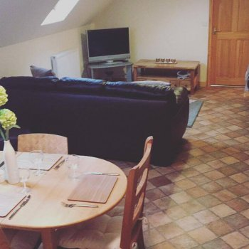 Find self-catering accommodation for Studio barn, situated on quiet farm, near Ledbury