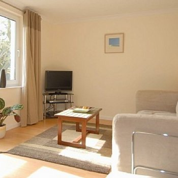 Find self-catering accommodation for Gorgeous 1 Bedroom apartment in St. Ives Bay. Perfect for a seaside getaway.
