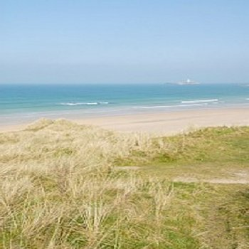 Find self-catering accommodation for Gorgeous 1 Bedroom apartment in St. Ives Bay. Great for a beach break in Cornwall.