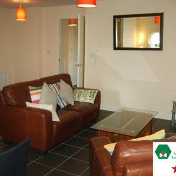 Find self-catering accommodation for Self Catering Apartment Located in the Heart of Belfast City Centre